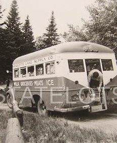 1950s-RL-Supply-bus-M
